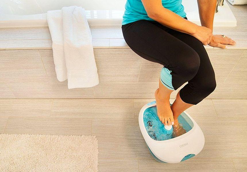 L'idromassaggiatore HoMedics FS-250 vi aiuta a mantenere i vostri piedi sani, liberandosi da fastidiosi dolori e gonfiori già dopo poche sedute