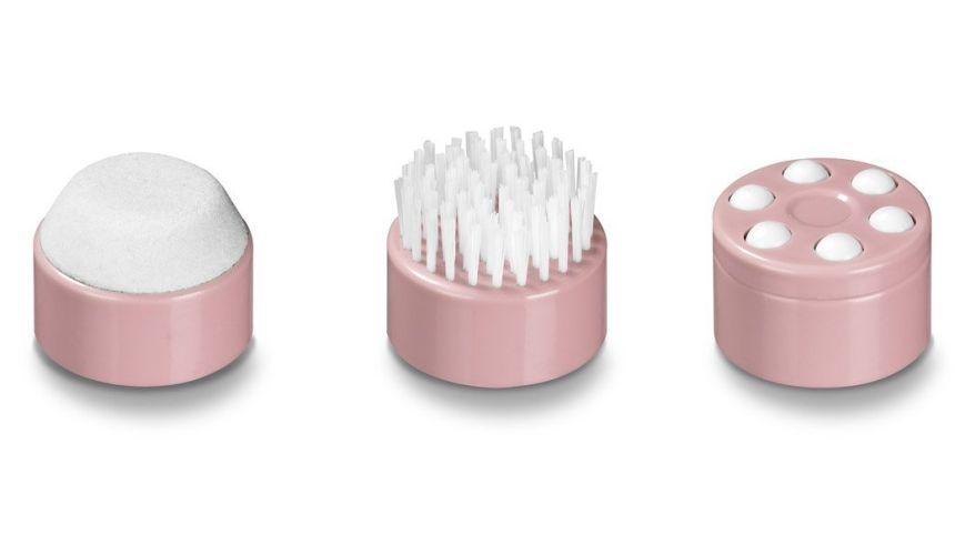 Gli accessori in dotazione all'idromassaggio BEURER FB 20: callifugo, spazzola e massaggiatore a secco