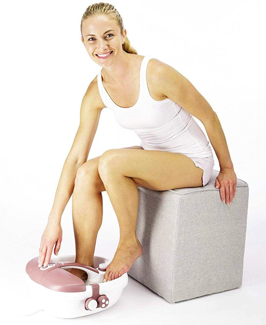 Mai più piedi doloranti e indolenziti grazie al pratico idromassaggio plantare multifunzione BEURER FB 35