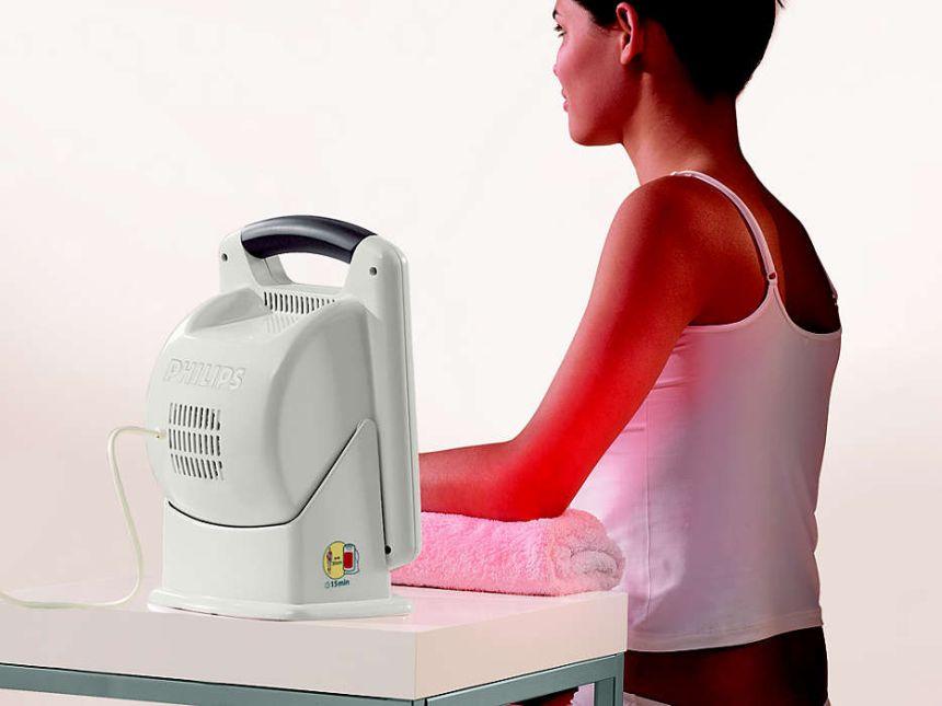 Con la lampada ad infrarossi PHILIPS InfraCare HD3621 potete curare svariate parti del corpo, incluse le articolazioni