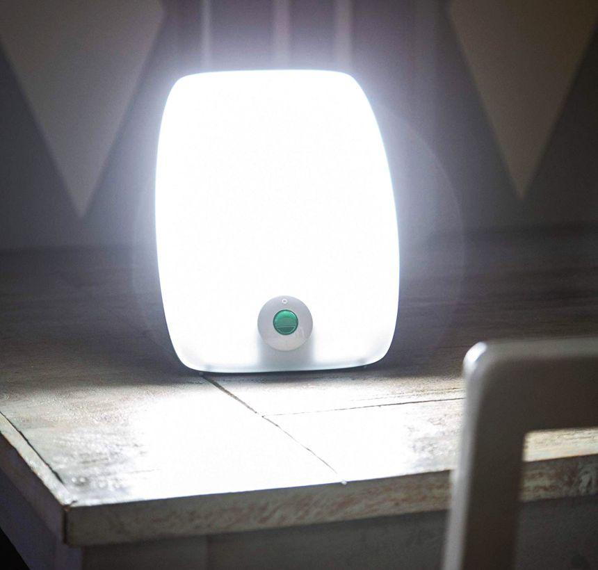 Lampada per fototerapia MEDISANA LT-470: la luce del sole in casa vostra anche in inverno