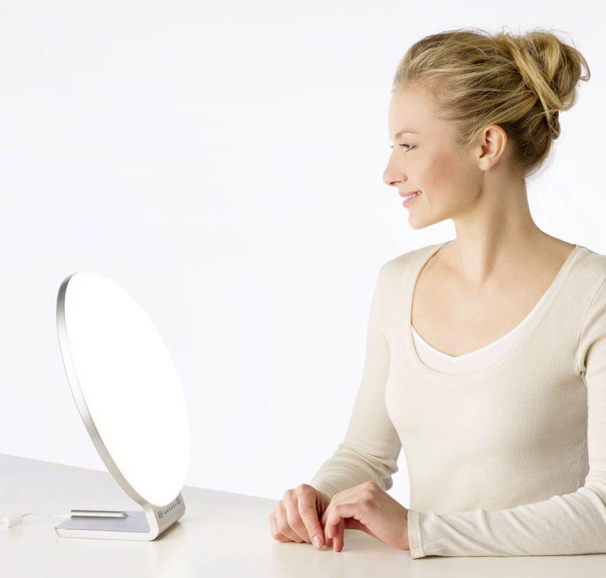 Dolci Terapie vi aiuta a scegliere tra le migliori lampade di luce naturale del giorno per fototerapia